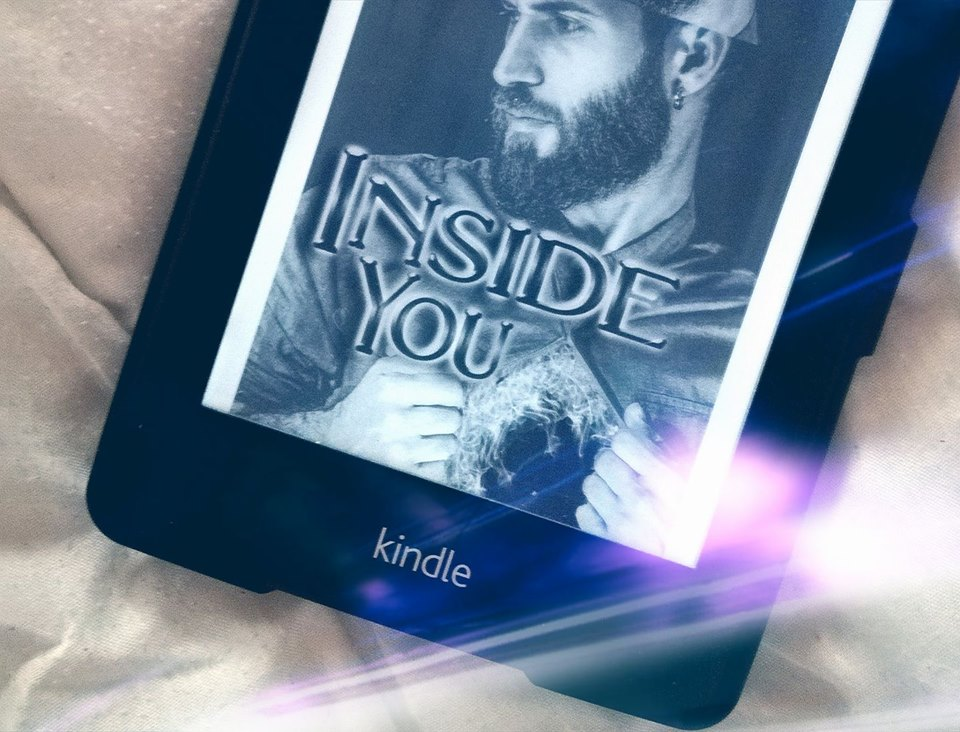 "Rezension ""Inside you"" von Dagny S. Dombois"