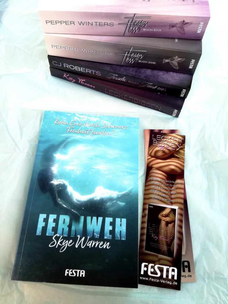 """Rezension """"Fernweh"""" von Skye Warren"""