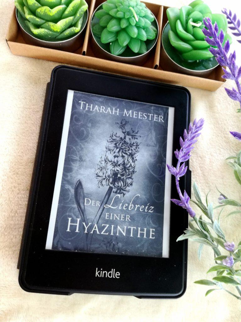 """Rezension """"Der Liebreiz einer Hyazinthe"""" von Tharah Meester"""